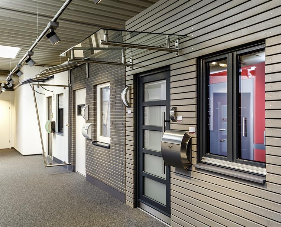 holz alu haustueren ausstellung holzland beese - Holz-Aluminiumhaustüren