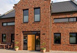 Holz-Aluminiumfenster HolzLand Beese.