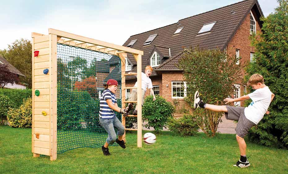spielgeraete spieltor kletterwand bruegmann holzland beese - Spielgeräte