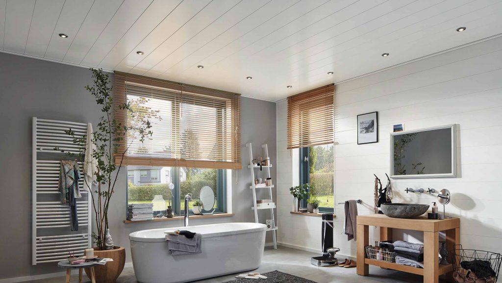 Wand- und Deckenpaneele weiß