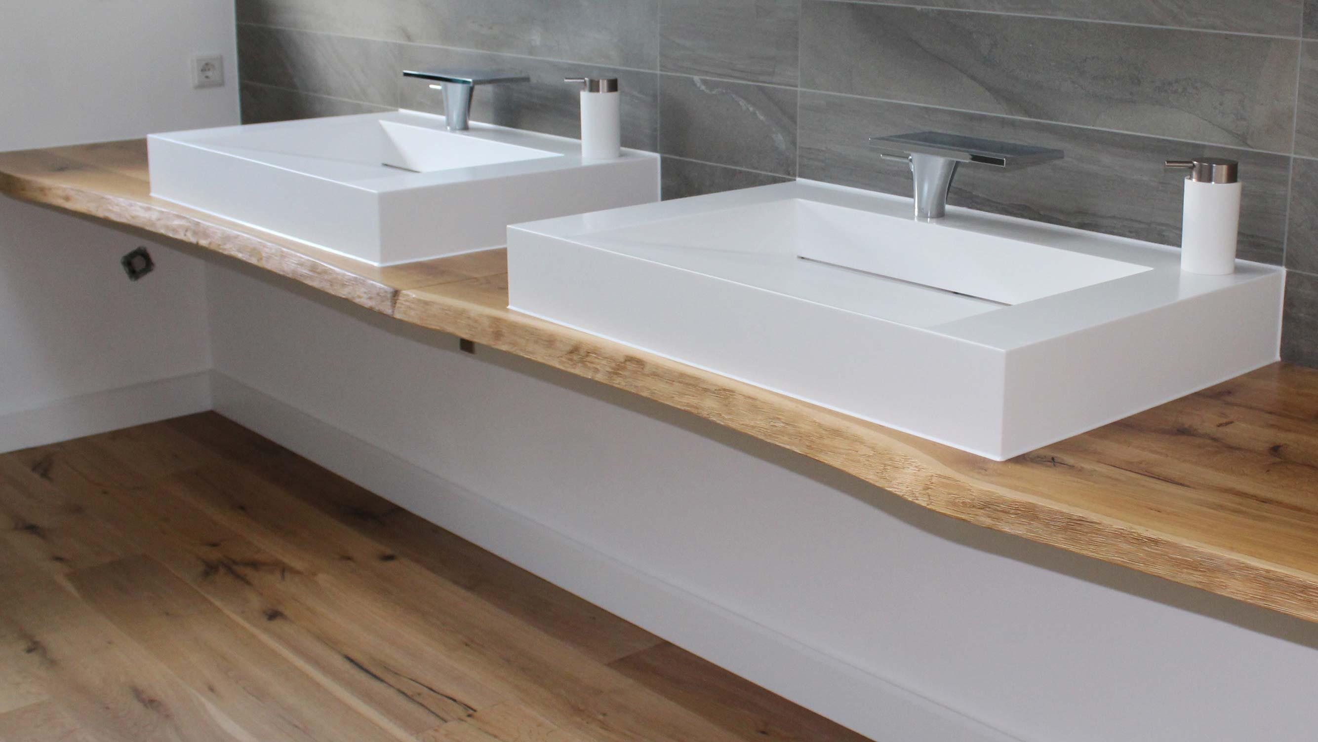2 maßgefertigte Waschtische aus Holz mit Aufsatzwaschbecken bei HolzLand Beese in Unna
