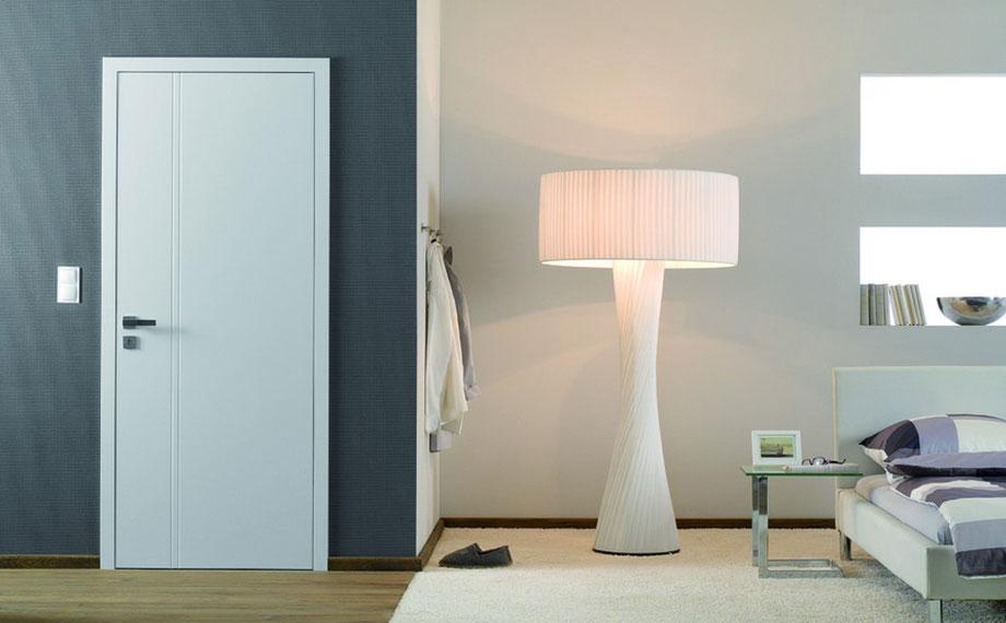 Weißlacktüren: Hier als Drehtür fürs Schlafzimmer (von HolzLand Beese in Unna, Raum Dortmund)