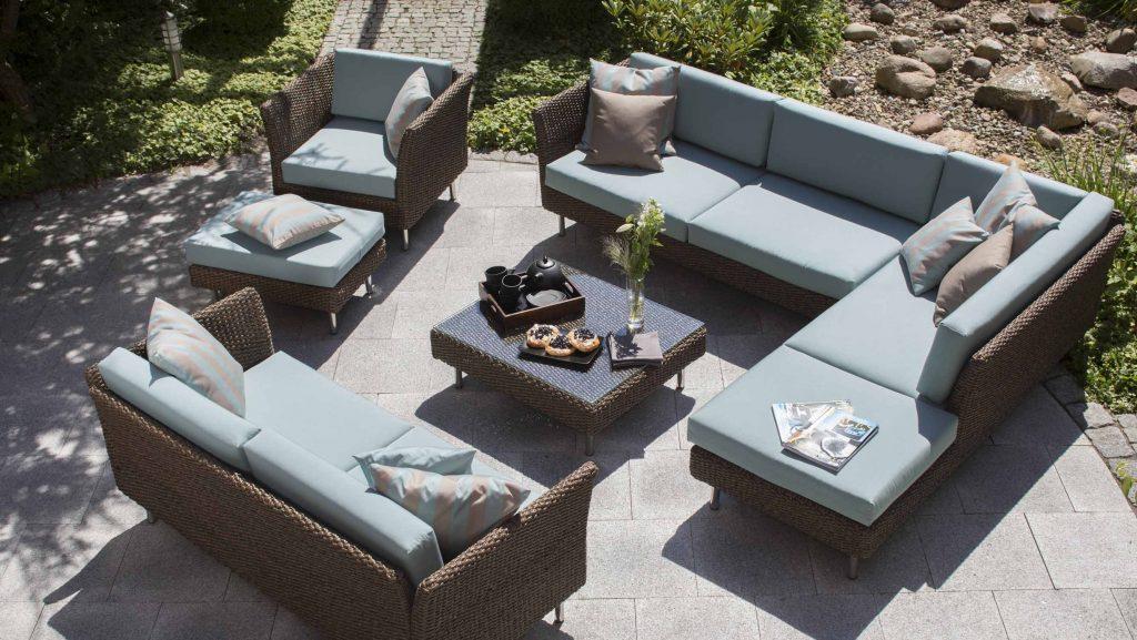 Stylische Gartenmöbel bzw. Geflechtmöbel als Loungemöbel bei HolzLand Beese in Unna