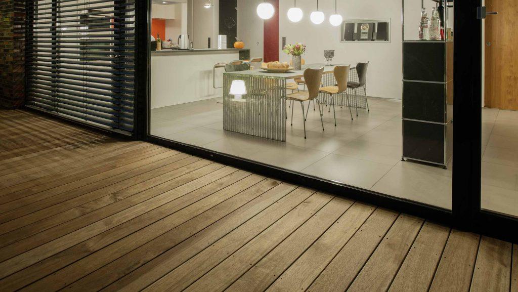 Holz-Terrassendielen aus Guyana Teak bei HolzLand Beese in Unna (bei Dortmund)