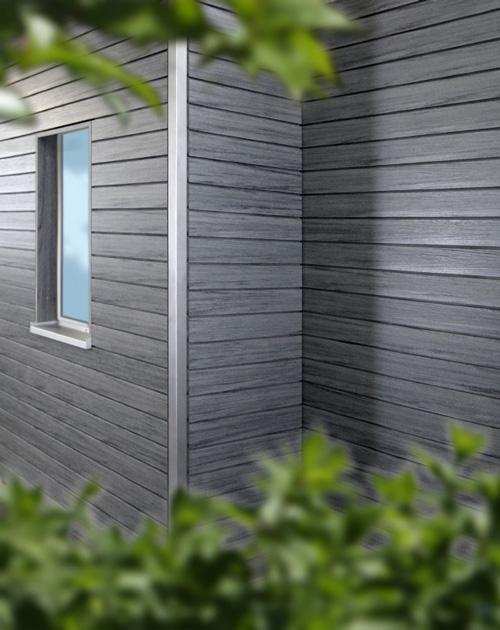 Ecke mit WPC-Fassade (Gehrungsschnitt und Fasssadeneck aus Edelstahl) von HolzLand Beese in Unna (Region Dortmund)