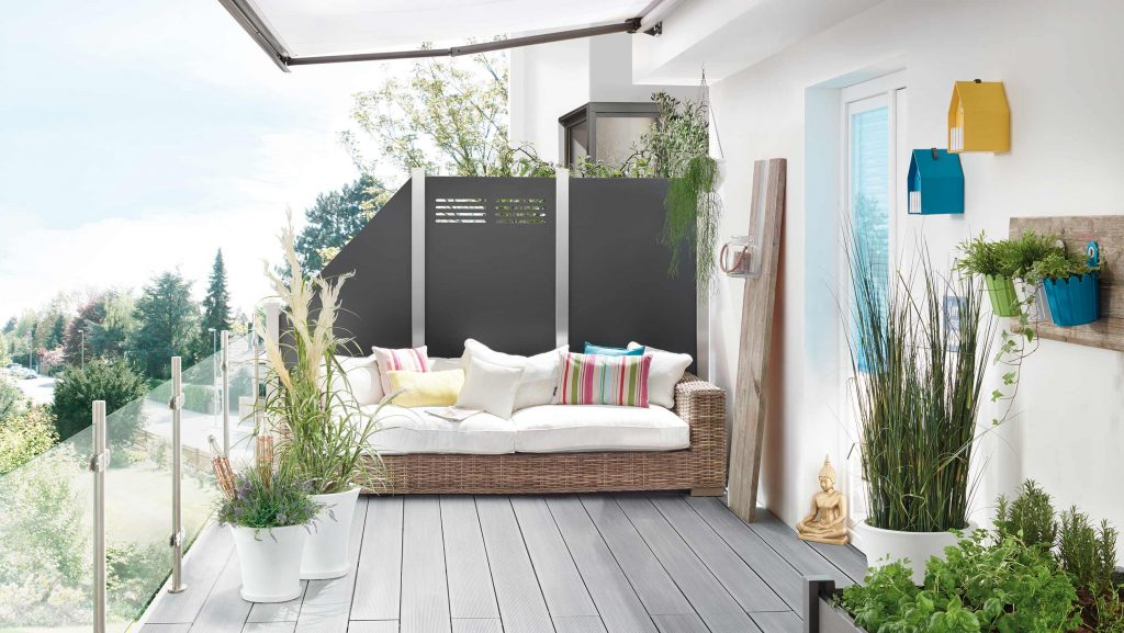 Sichtschutz aus Board (Kunststoff) und Aluminiumpfosten von HolzLand Beese in Unna