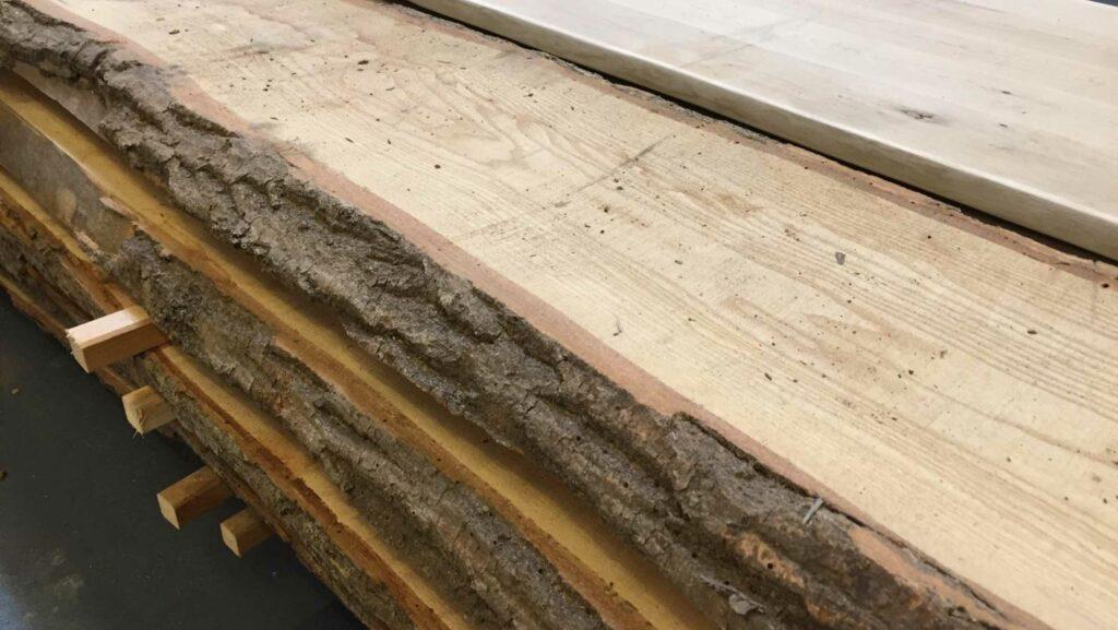 Regal aus Holz bauen: Mit dem Material von HolzLand Beese in Unna klappt das im Handumdrehen.