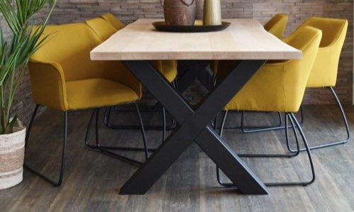 x gestell wohnzimmer holzland beese unna - Verwandlungskünstler: Ein Holztisch für jeden Raum
