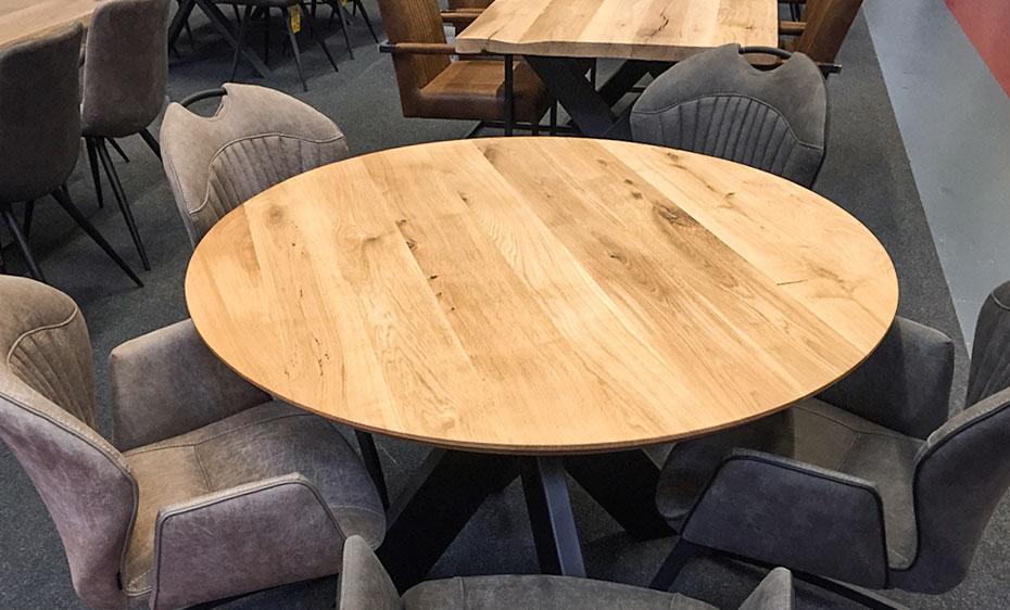 beesondere tische oval ausstellung holzland beese unna - BEESondere Tische